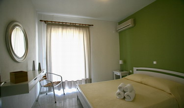 apartbedroom 220